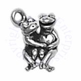 3D Cute Frog Couple Holding A Heart Charm
