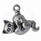 3D Fluffy Kitty Cat With Long Tail On Christmas Ornament Charm