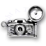 3D Old Time Photographers Flash Camera Charm