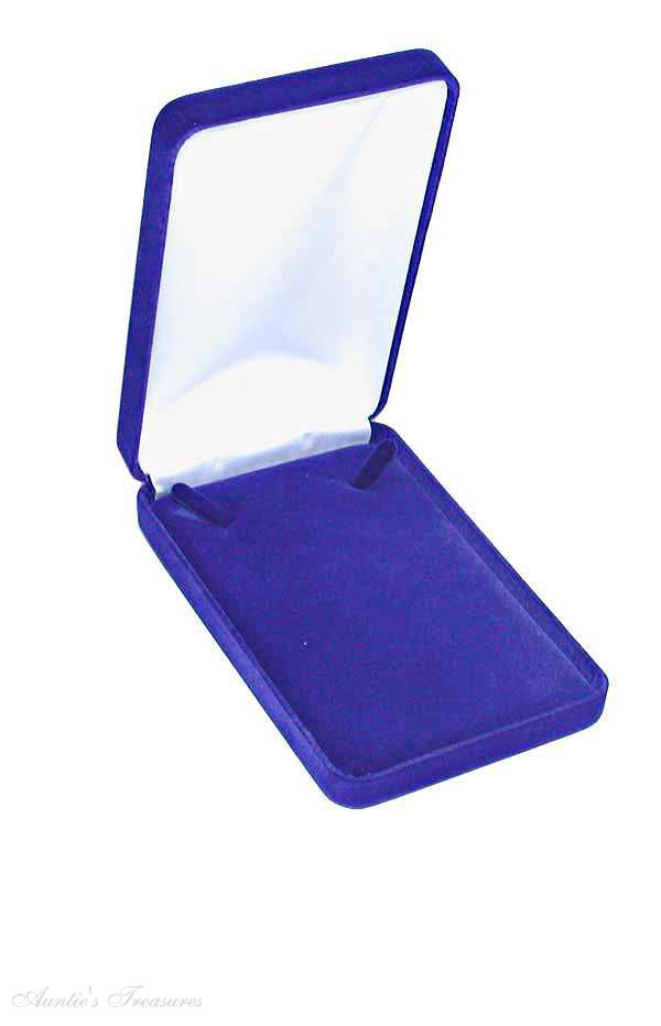 Deluxe Blue Velvet Necklace Jewelry Gift Box