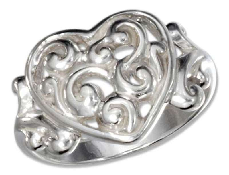 Filigree Scrolled Heart Ring