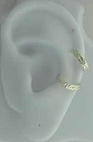 Nonpiercing Left Or Right Flower Patterned Band Ear Cuff