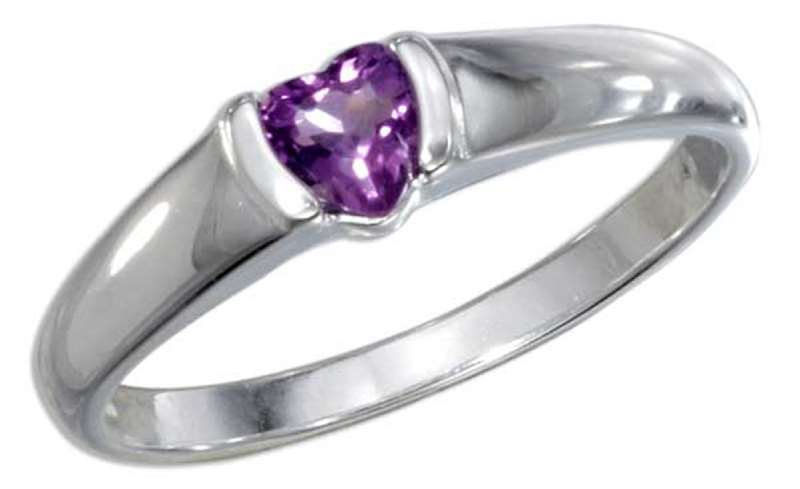 Solitaire Heart Amethyst Ring